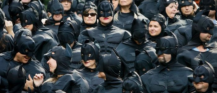Largest-Gathering-of-People-Dressed-As-Batman-3